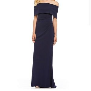 NWT Vince camuto popover navy dress size 10 .